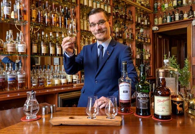 Whisky Bar - Torridon Hotel